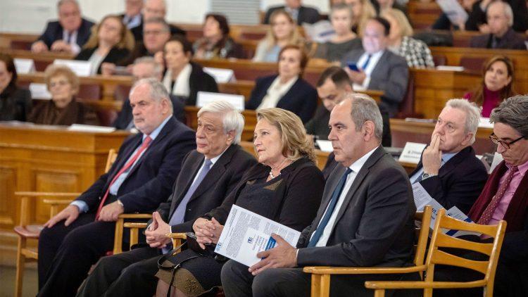 Το Βραβείο Εξαίρετης Πανεπιστημιακής Διδασκαλίας στον  κ. Κάλφα Βασίλη, Διακεκριμένο Καθηγητή Φιλοσοφίας