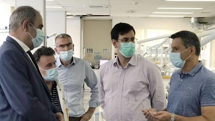 Στην Οδοντιατρική Σχολή του ΕΚΠΑ ο Βασίλης Διγαλάκης