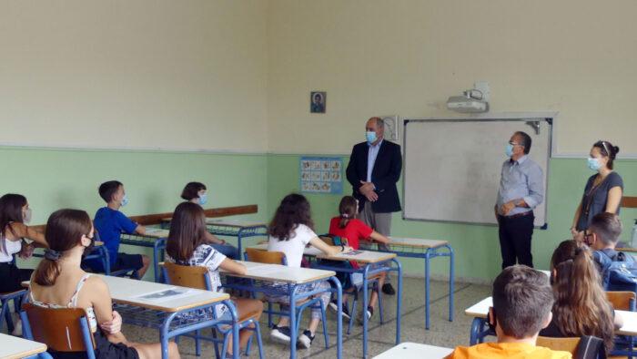 Σε σχολεία των Δήμων Πλατανιά και Κισάμου ο Βασίλης Διγαλάκης