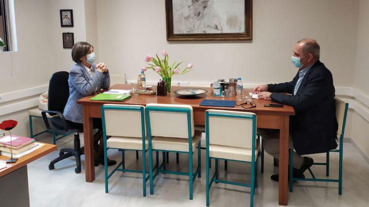 Στις Διευθύνσεις Πρωτοβάθμιας και Δευτεροβάθμιας Εκπαίδευσης Χανίων ο βουλευτής Βασίλης Διγαλάκης